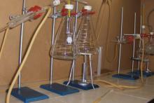 """Equipo de laboratorio para prácticas del Diplomado de """"Elaboración de productos naturistas"""""""